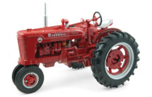 1:16 Case IH Farmall Super MD