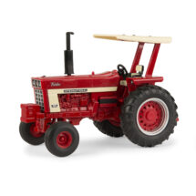 1:32 Case IH 1066 Tractor with Fender