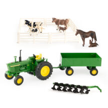 1:32 John Deere 10 Piece Farm Toy Playset