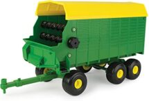 Big Farm John Deere Tandem Axle Forage Wagon