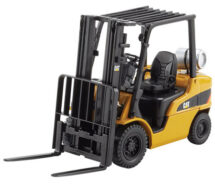 CAT P5000 lift truck 1/25