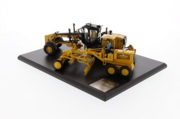 1:50 CAT Diesel No. 12 Motor Grader and 12M3 Motor Grader Evolution Series