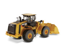 Cat 966M Wheel Loader with tin box