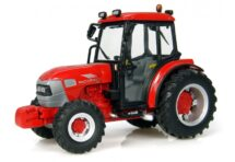 McCormick V80 Tractor 1/32