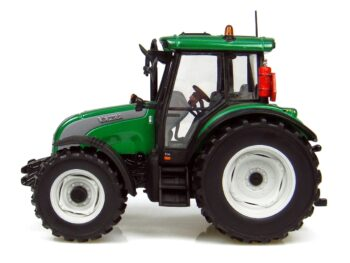 Valtra C Series tractor 1/32